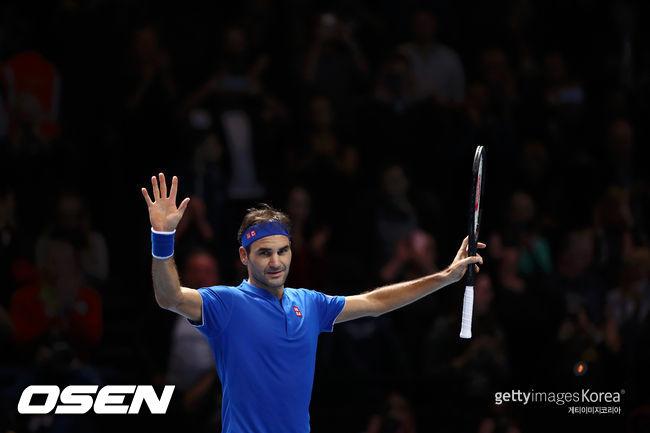 페더러, 조 1위로 ATP 파이널스 4강행