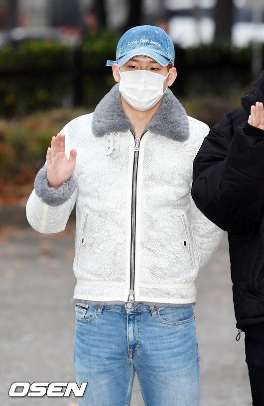 [사진]몬스타엑스 주헌,빠져드는 눈빛