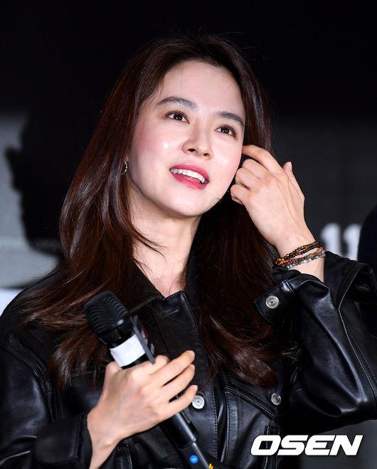 [사진]송지효, 금요일밤 빛나는 미소