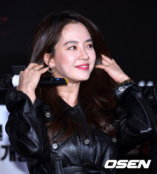 [사진]송지효, 팬들에게 선물하는 미소