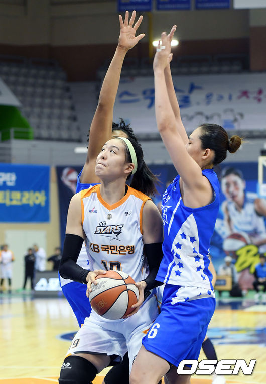 WNBA 경험한 박지수, 집중견제 이겨내야 한다