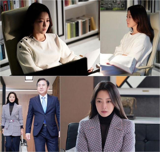'나인룸' 김희선, 고민하는 모습도 여신..눈빛에 반하다