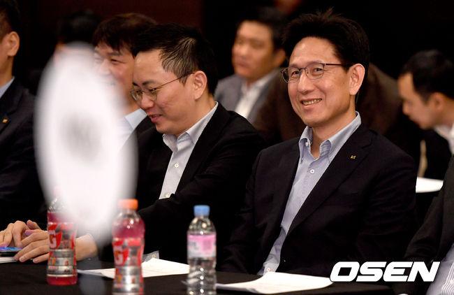 [사진]2018 국내드래프트 1순위 kt, 미소가 절로