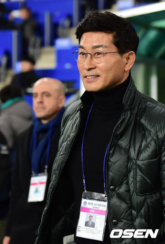 [사진]김도훈 감독,여유있는 미소