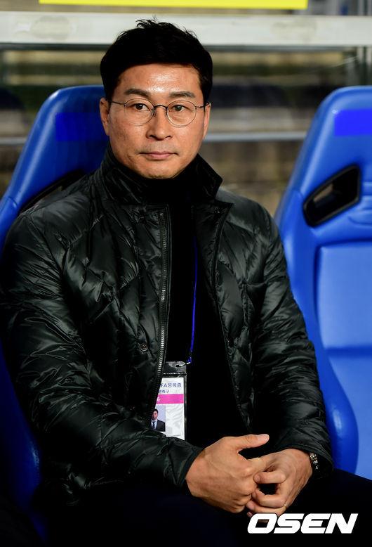 [사진]김도훈 감독,FA컵 결승 1차전 승리 생각뿐