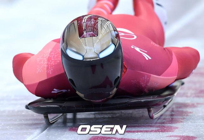 아이언맨 윤성빈, 시즌 첫 월드컵서 동메달...두쿠르스는 은메달