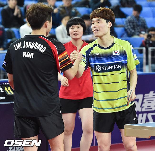 [사진]장우진,종훈아! 단일팀이 꼭 우승할게