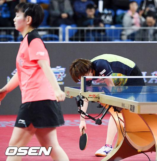 [사진]16강 탈락 서효원,중국 허주어지아에 0-4 완패