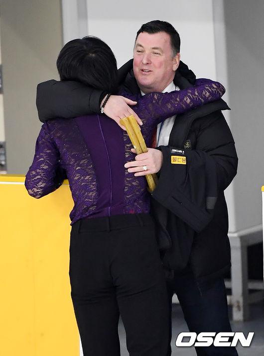 [사진]차준환,브라이언 오서 코치와 뜨거운 포옹