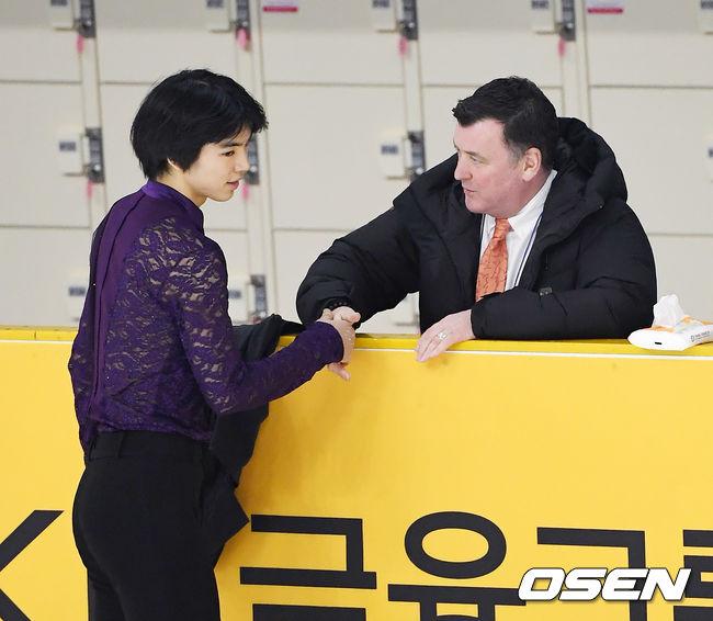 [사진]브라이언 오서 코치,차준환! 너를 믿는다