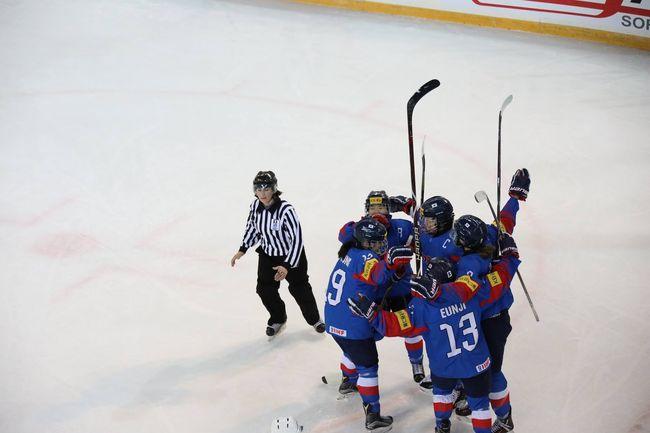 U18 女 아이스하키, 세계선수권 3연승 4강행