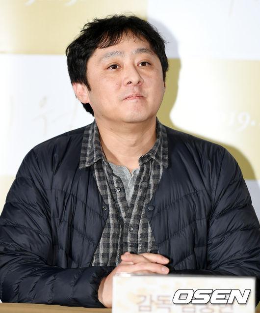 [사진]김중현 감독, 진지한 눈빛