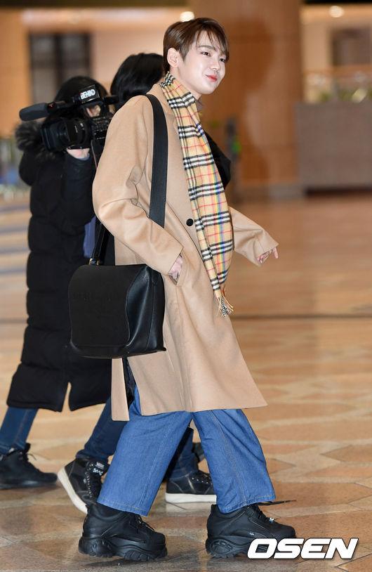 [사진]JBJ95 켄타, 귀공자 매력