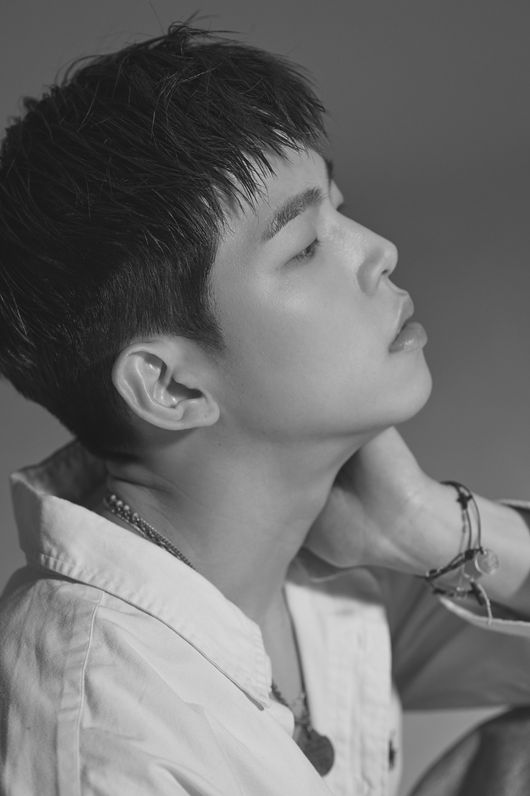 폴킴, 신곡 초록빛 3개 음원차트 1위..믿고 듣는 뮤지션