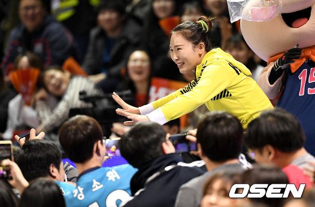 [사진]오지영, 올스타전 배꼽 잡는 춤 실력