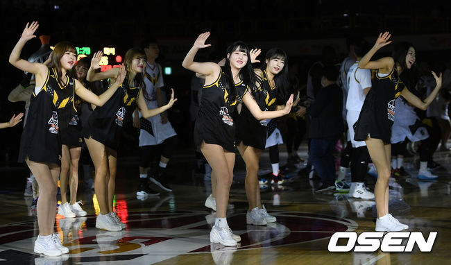 [사진]KBL 올스타 치어리더, 싱그러운 댄스