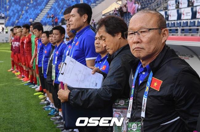 [사진]베트남 이끄는 박항서 감독의 카리스마