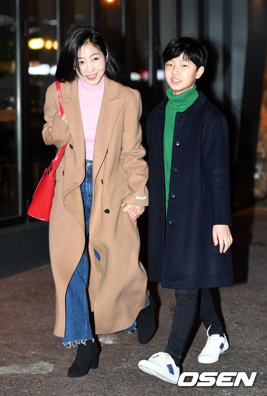 [사진]이나라-박민수, 손잡고 다정하게
