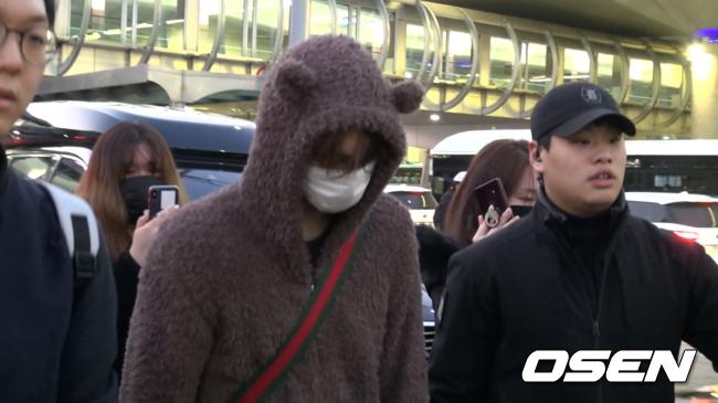 [Oh! 모션] 엑소 카이, '오늘은  귀엽게' 인천공항 입국길