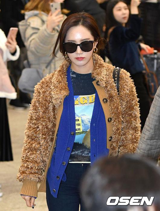 [사진]소녀시대 유리,공항 런웨이