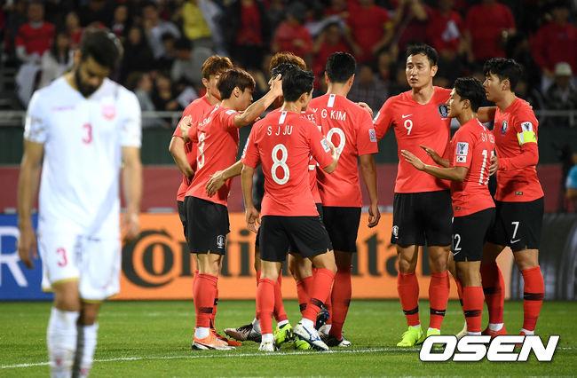 [사진]바레인 상대로 다시 앞서가는 한국, 침착하자고