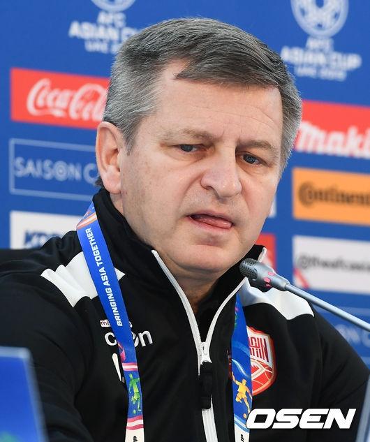 바레인 감독, 한국 상대로 멋진 승부 펼친 우리 선수들에 감사