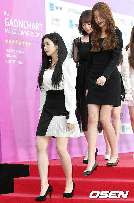 [사진]아이즈원 권은비-장원영, 오늘도 눈부신 미모