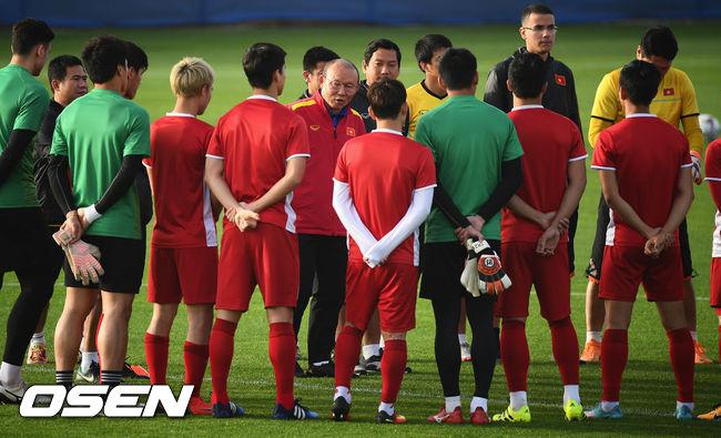 [사진]베트남 박항서 감독,일본 못 잡는다는 법 없어