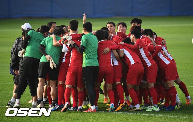 [사진]일본전 앞둔 베트남 축구대표팀,분위기 좋아요