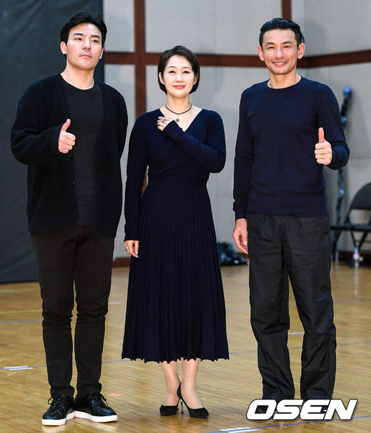 [사진]최수형-배해선-황정민, 오이디푸스 최고!