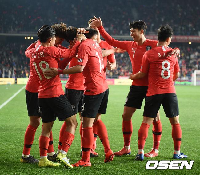 [사진]한국, 볼리비아에 승리