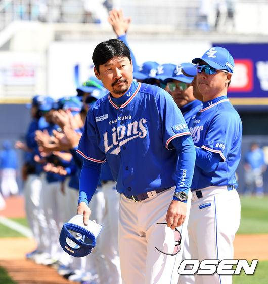 [사진]김한수 감독, 덥수룩한 수염