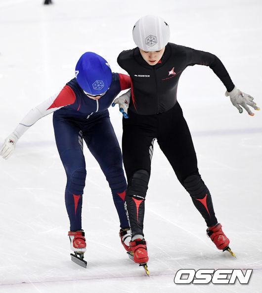 [사진]노도희-김이현,결승선에서 치열한 접전