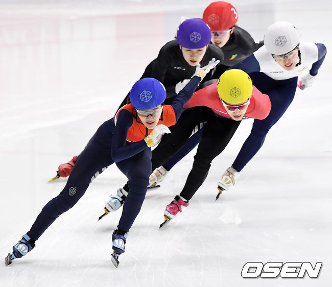 [사진]이유빈,여자 1000m 결승, 1위로 통과