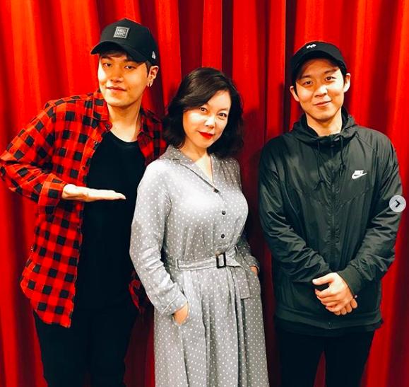 [사진] '파워타임'에 출연한 가수 나윤권(왼쪽부터), DJ 최화정, 가수 하동균