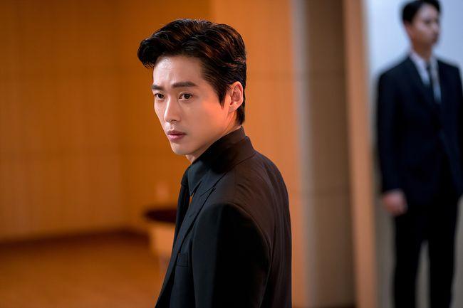 [사진=지담 제공] 배우 남궁민 '닥터 프리즈너' 촬영 현장 스틸 컷