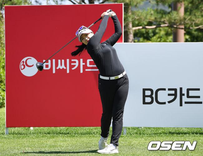 [사진]김예진,호쾌한 스윙