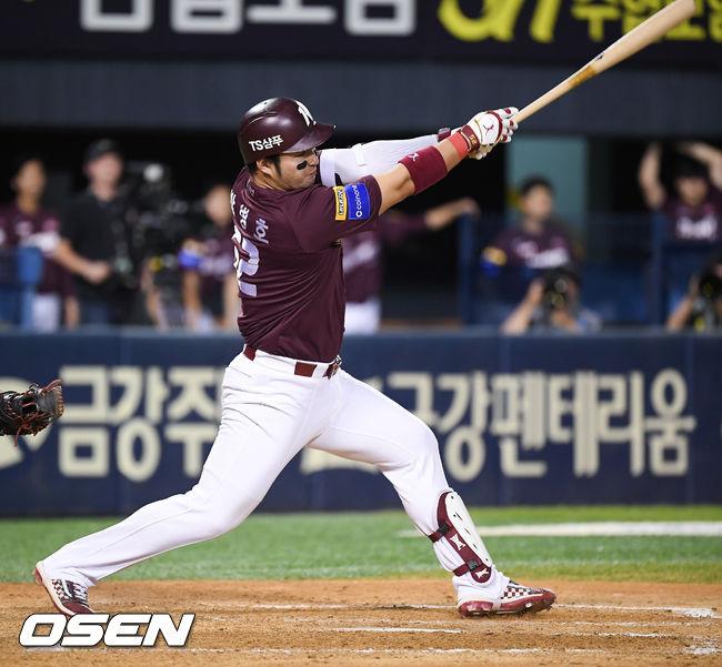 [사진]박병호,희생플라이로 동점 성공