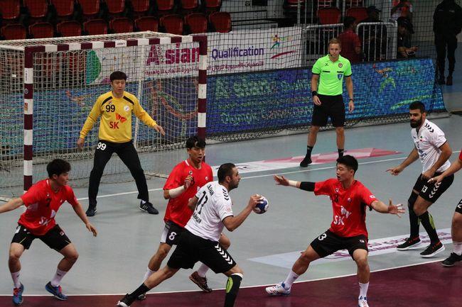 男핸드볼, 티켓 1장 걸린 올림픽 예선 첫 경기서 이란에 1점차 패배