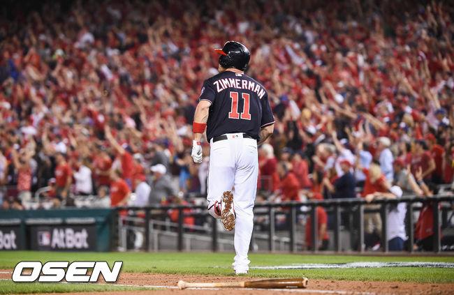 [OSEN=워싱턴 D.C.(미국), 박준형 기자]5회말 2사 1,3루 워싱턴 짐머맨이 3점 홈런을 날리고 베이스를 돌고 있다. /soul1014@osen.co.kr
