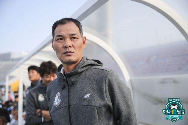 """서울 이랜드 우성용 일침, """"배고픔 모르고 포기하는 선수들 있어"""""""