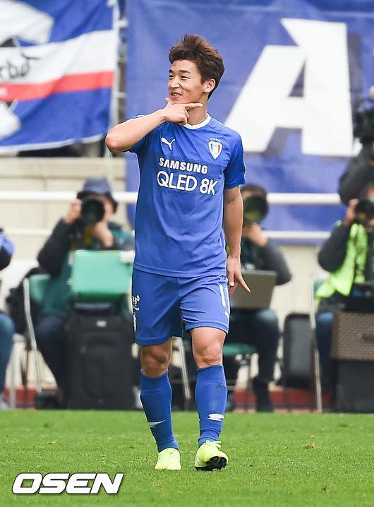 [사진]추가골 김민우,나 좀 멋진듯