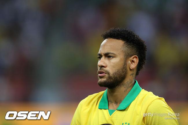 """네이마르 父, """"아들 바르셀로나 복귀 협상? 내가 브라질에 있잖아"""""""