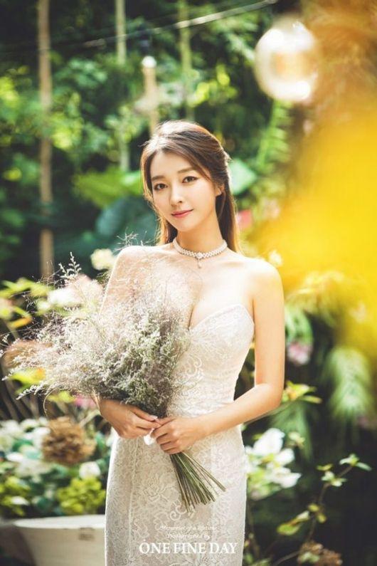 이상미, 4살 연하 회사원과 23일 결혼..웨딩화보 공개[공식]