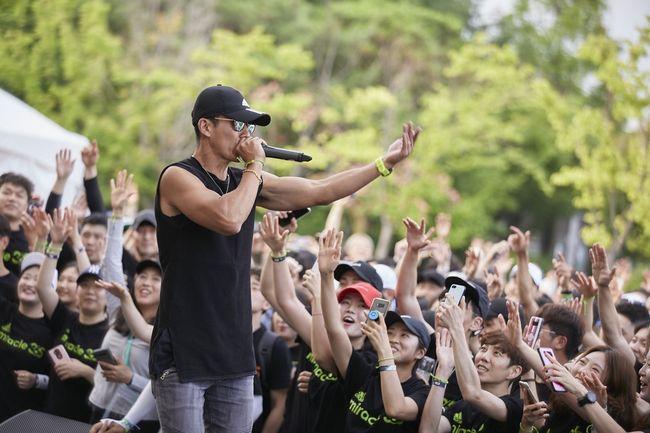 [사진=YG엔터테인먼트 제공] 가수 션이 한국컴패션과 기부 마라톤 '원더슈즈'를 개최한다.