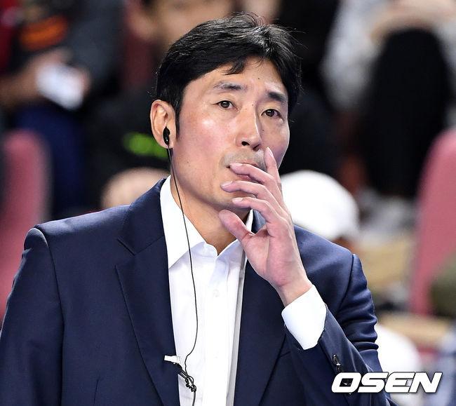 """풀세트 패배 신진식 감독, """"집중력 싸움에서 졌다"""""""