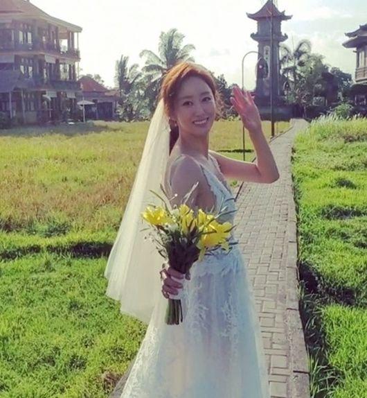 '2세 연상 의사♥?' 전혜빈, 직접 밝힌 '결혼' 지인에게도 말 못한 이유(종합)