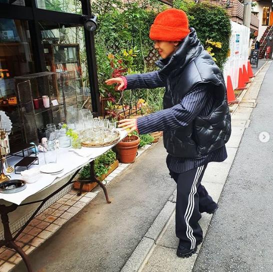 송민호, 패딩조끼로 뽐낸 스웨그..패션센스甲 [★SHOT!]