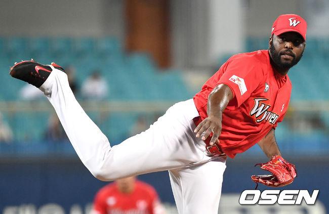 SK 방출 소사, 대만 야구 복귀…푸방 가디언스 계약