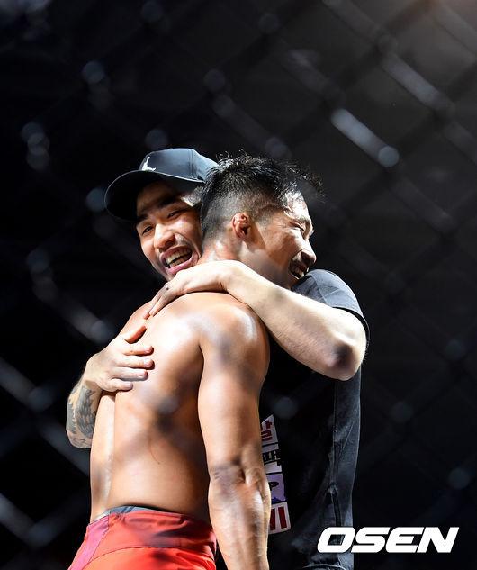 [사진]박형근, 승리의 미소